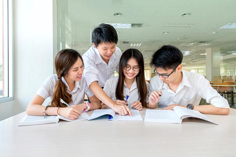 新加坡, 留學生, 打工, 女生, 兼職